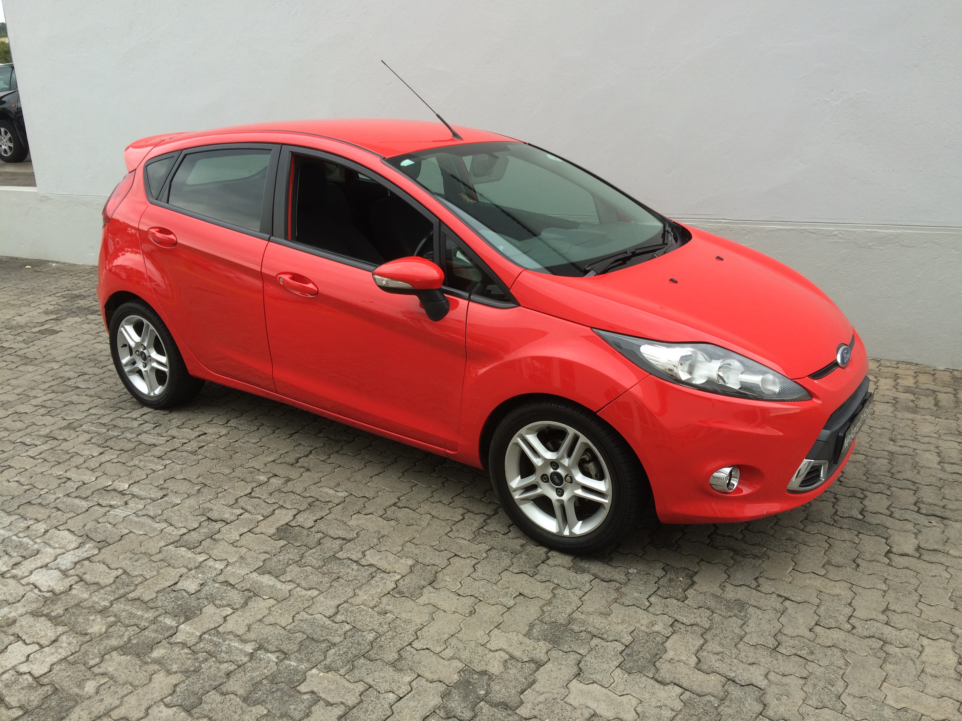 ford nelspruit ford fiesta 1 6 sport 2011 2. Black Bedroom Furniture Sets. Home Design Ideas