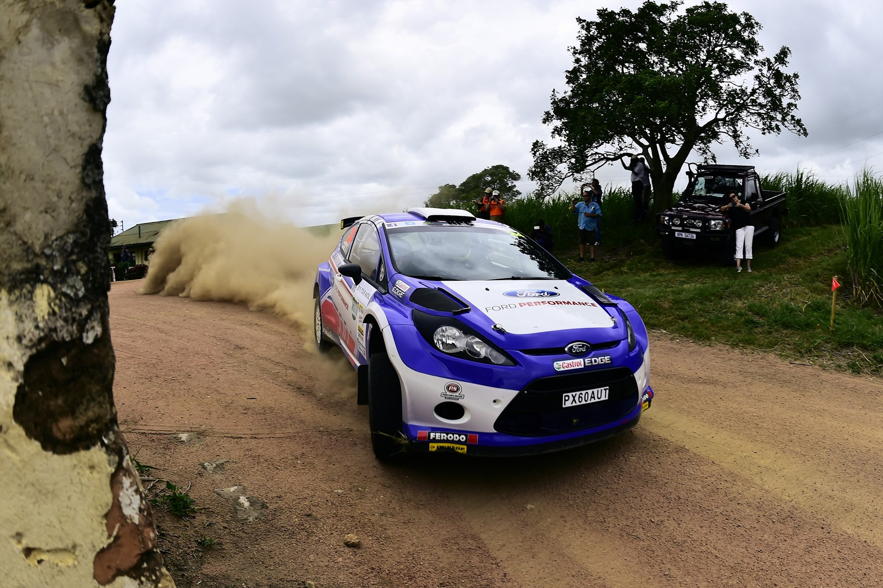 mark-cronje-robin-houghton-ford-performance-tour-natal-1_1800x1800-387612