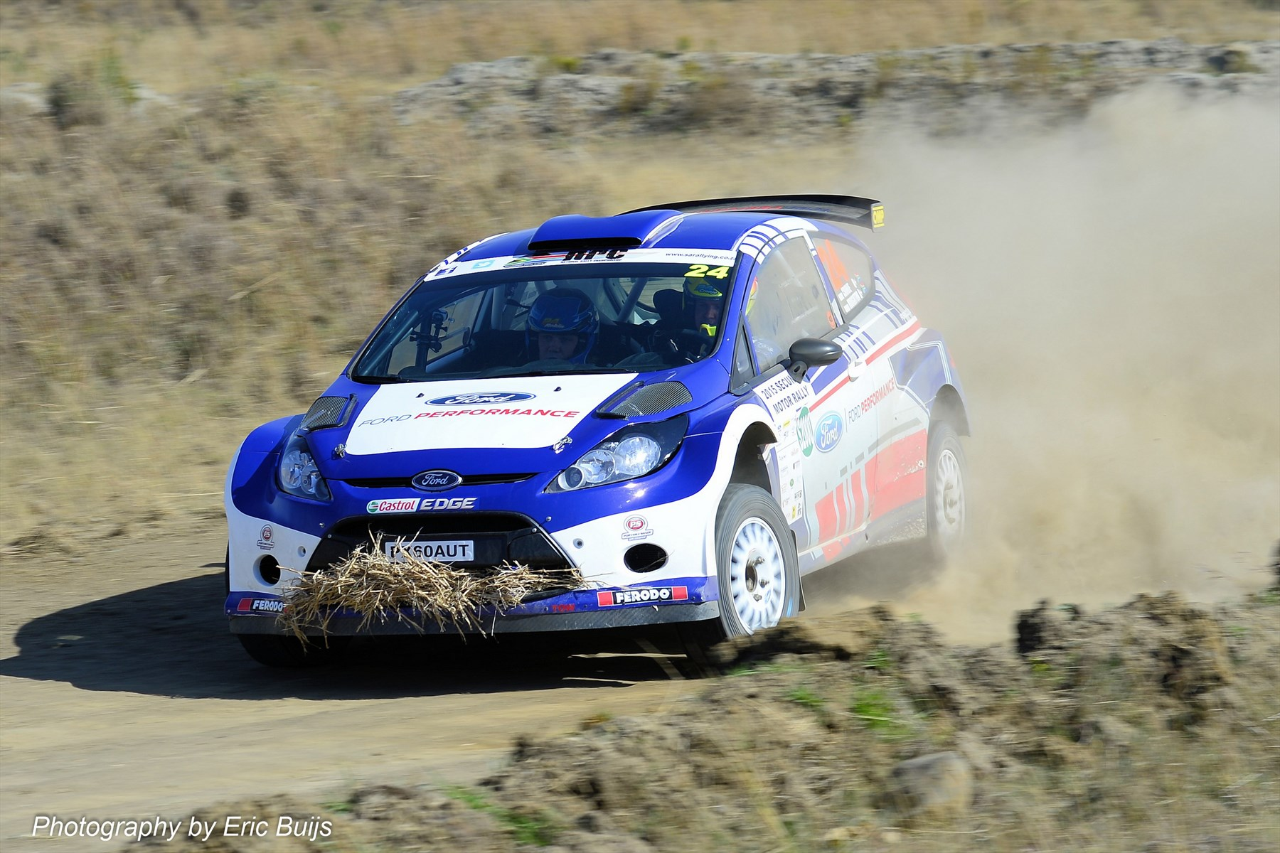 ford-performance-at-secunda-rally-5_1800x1800-395877