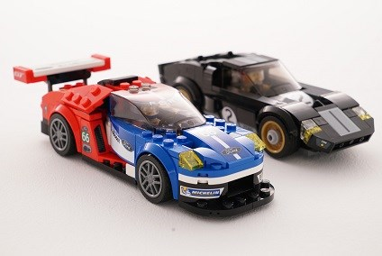 ford-s-le-mans-victories-in-lego_1800x1800