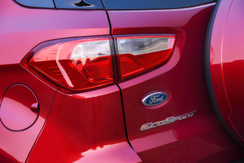 EcoSport-Ruby-Red-Trend-Exterior_092_edited